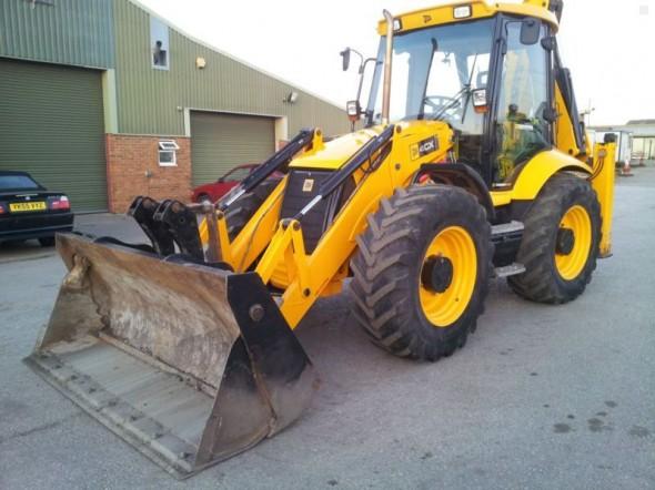 Тракторы JCB- высокая производительность и неизменное качество